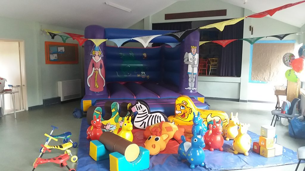 Knights Princess Party Hire Bouncy Castle Southampton Freemantle