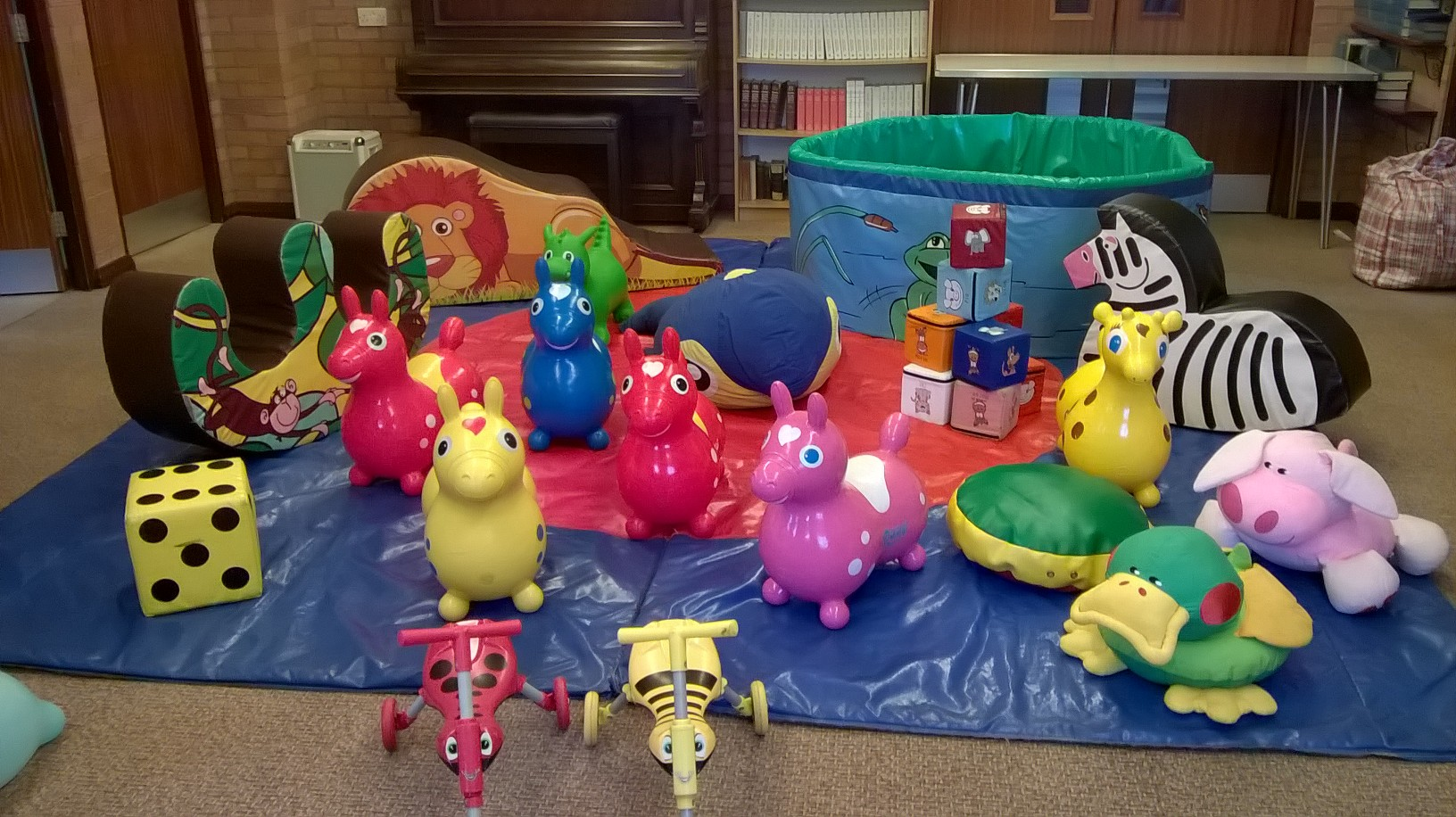 Soft play and ball pool for hire at Hedge End