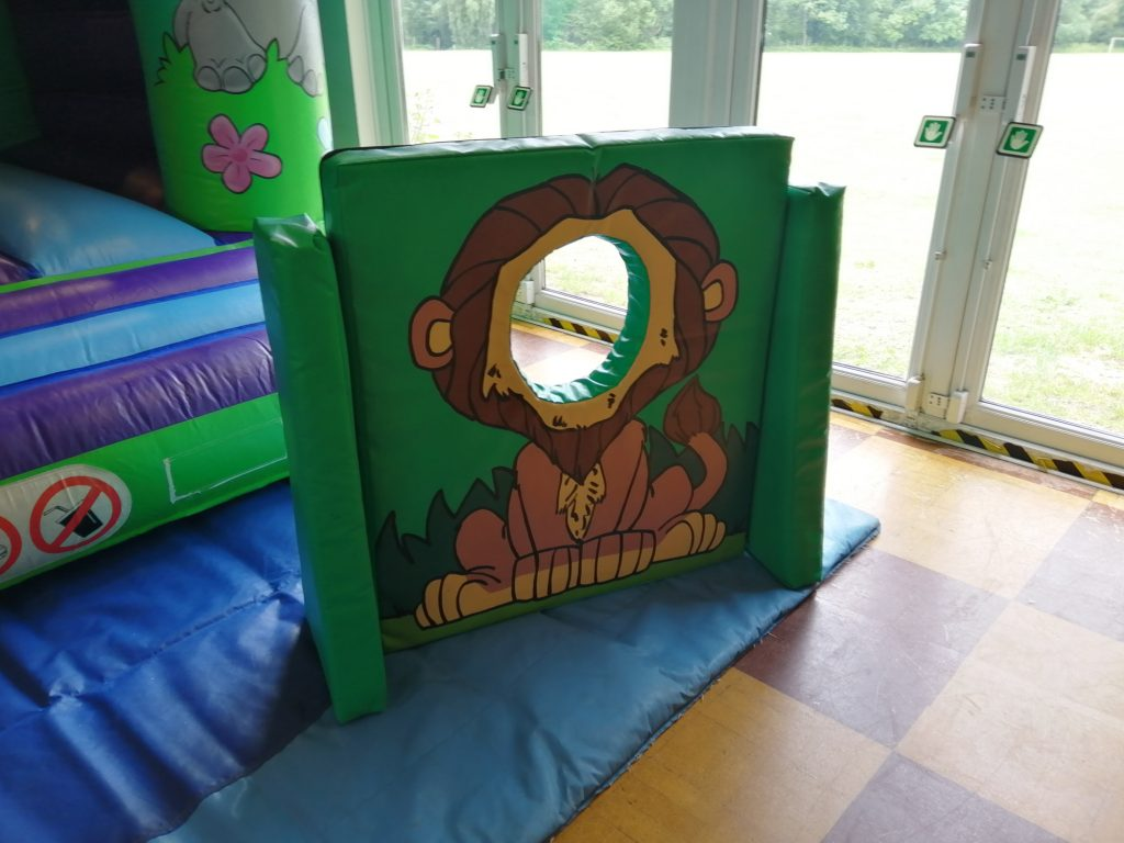head in the hole photo board for jungle themed birthday parties